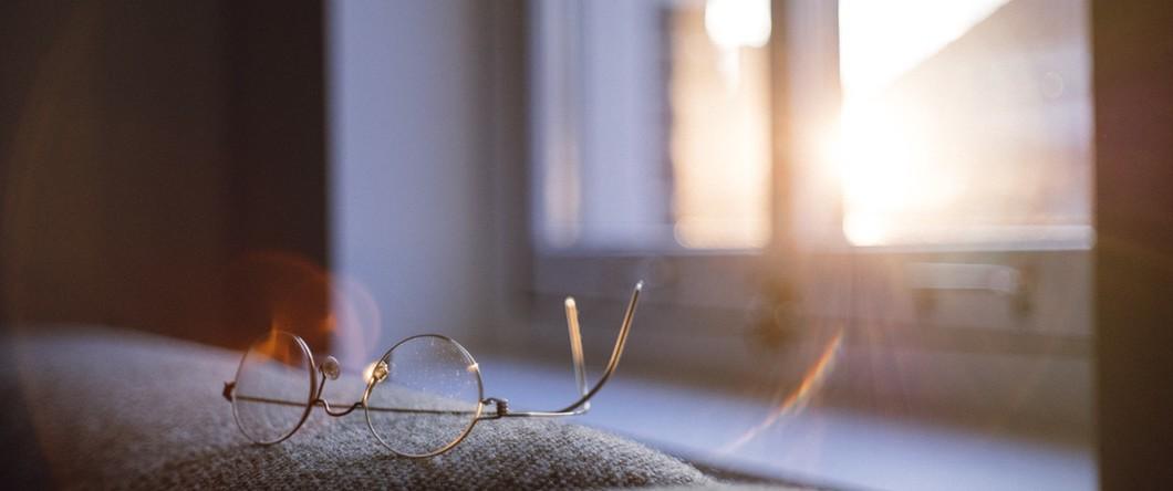 glasses-window